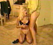 Ggena Lee Nolin blowjob